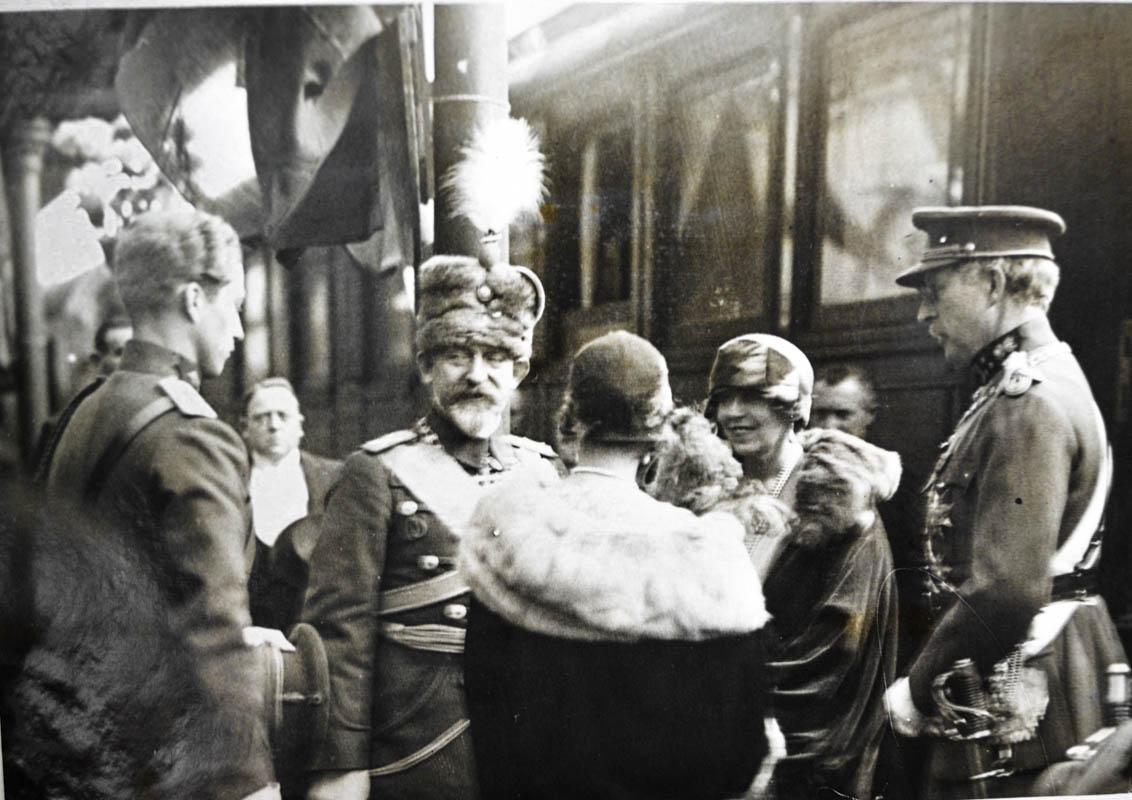 Sosirea la gară, în Bruxelles <br /> Sursă foto: Arhivele Naționale ale României