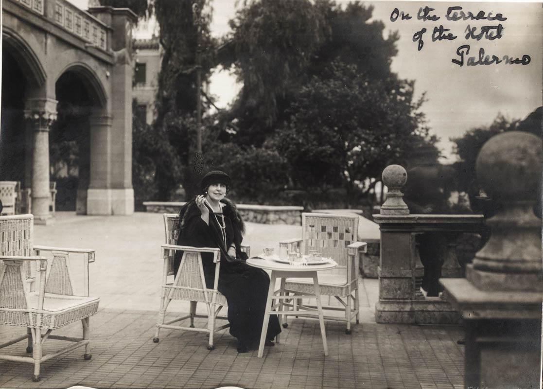 Regina Maria la Palermo, 1924 <br /> Sursă foto: Arhivele Naționale ale României