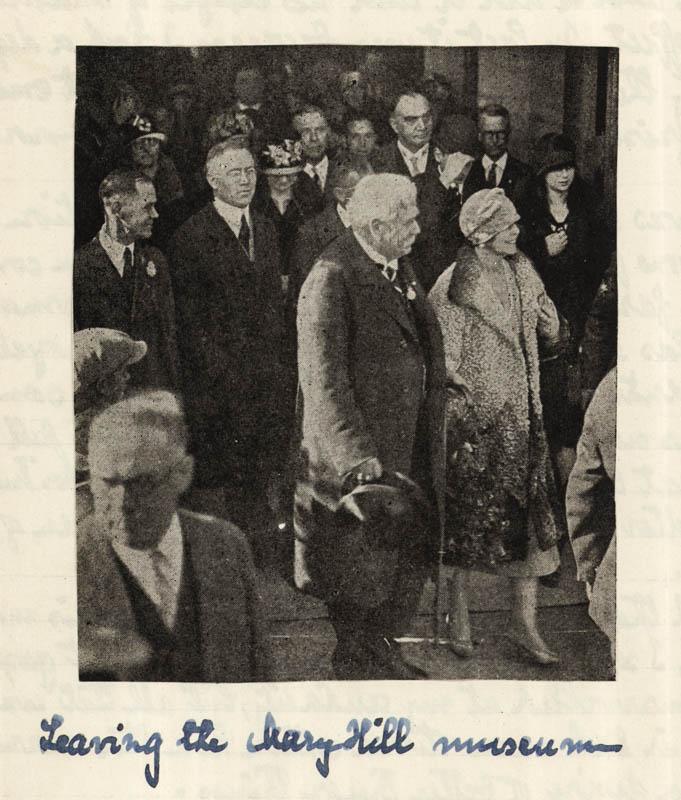 Regina Maria plecând de la Muzeul Maryhill <br /> Sursă foto: Arhivele Naționale ale României